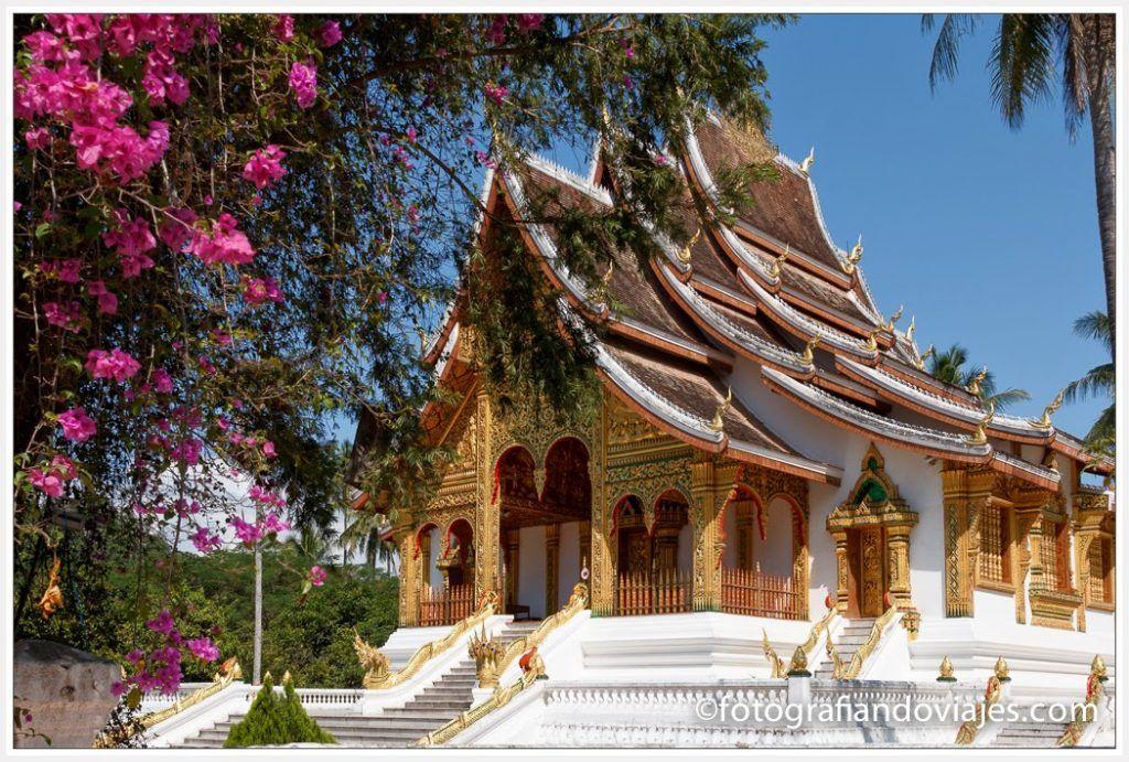 Wat Mai Suwanna Phumaham
