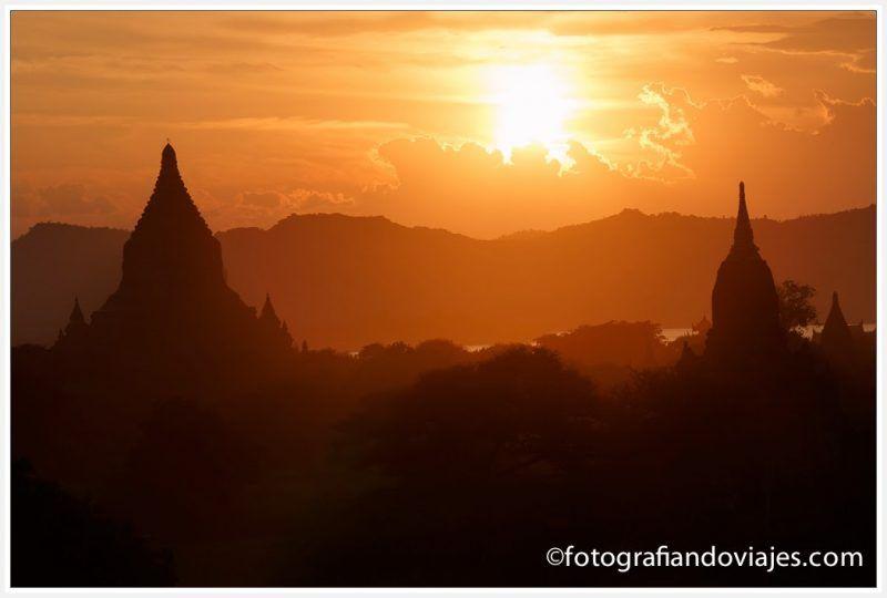 Atardecer en Bagan desde Shwesandaw paya