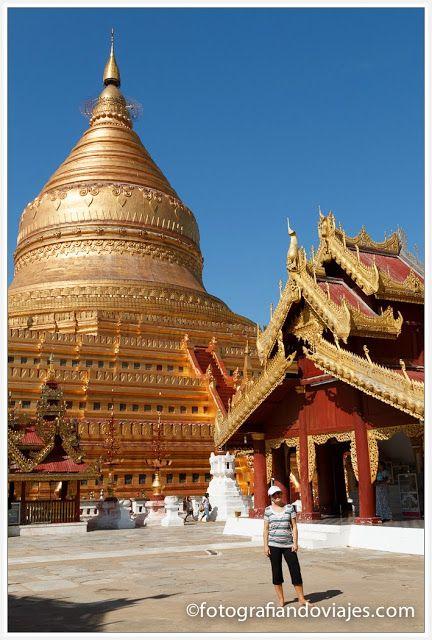 Shwezigon Paya en Bagan Myanmar