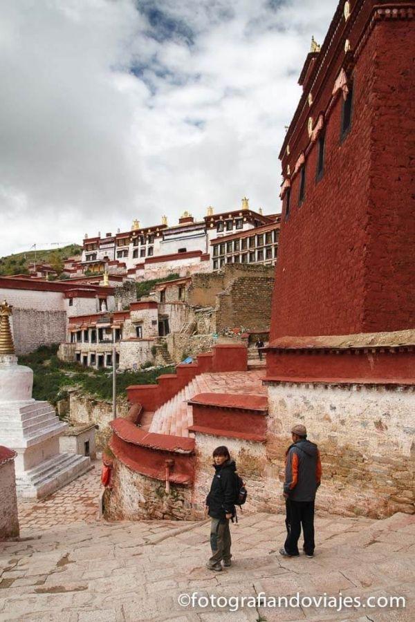 Monasterio Ganden Tibet Lhasa