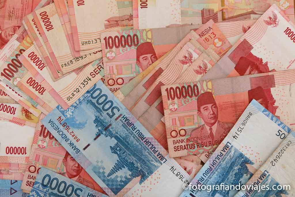 Cambio De Dinero En Los Viajes Aprende A No Pagar De Más