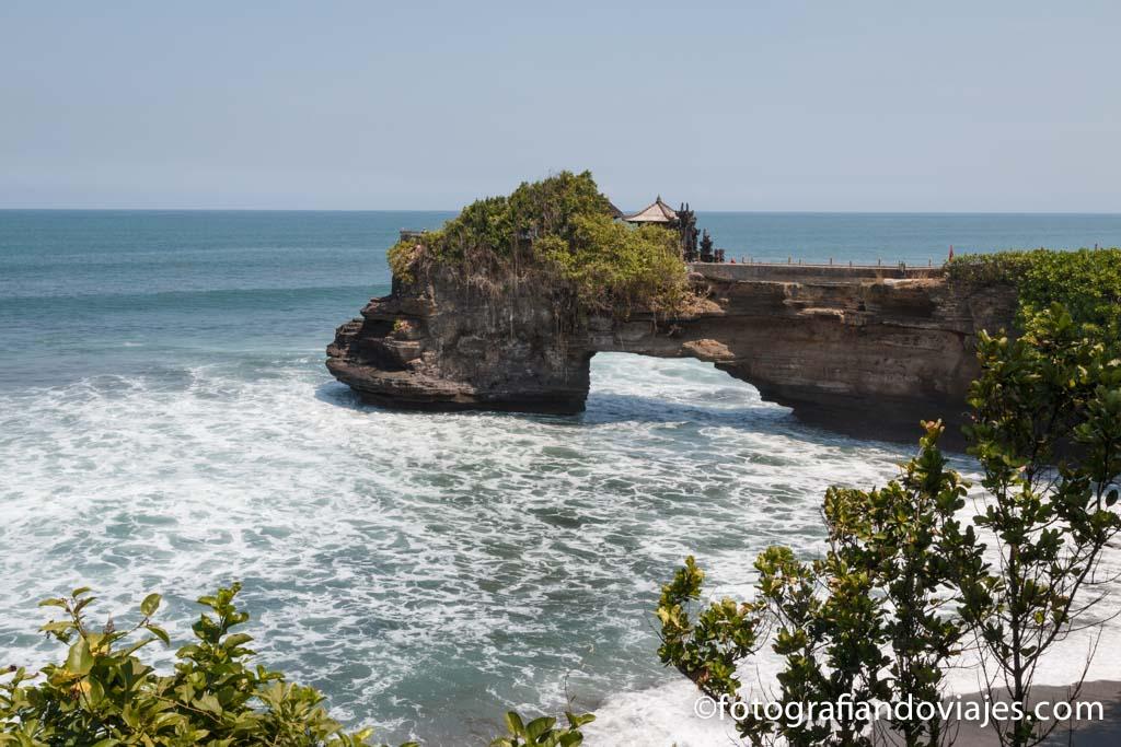 Pura Batu Bolong Bali indonesia