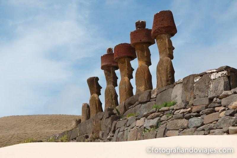 Ahu Nau Nau en Anakena Isla de Pascua Chile