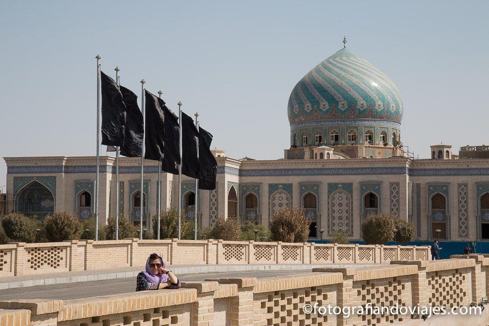 Exterior de la mezquita Iman Hassan