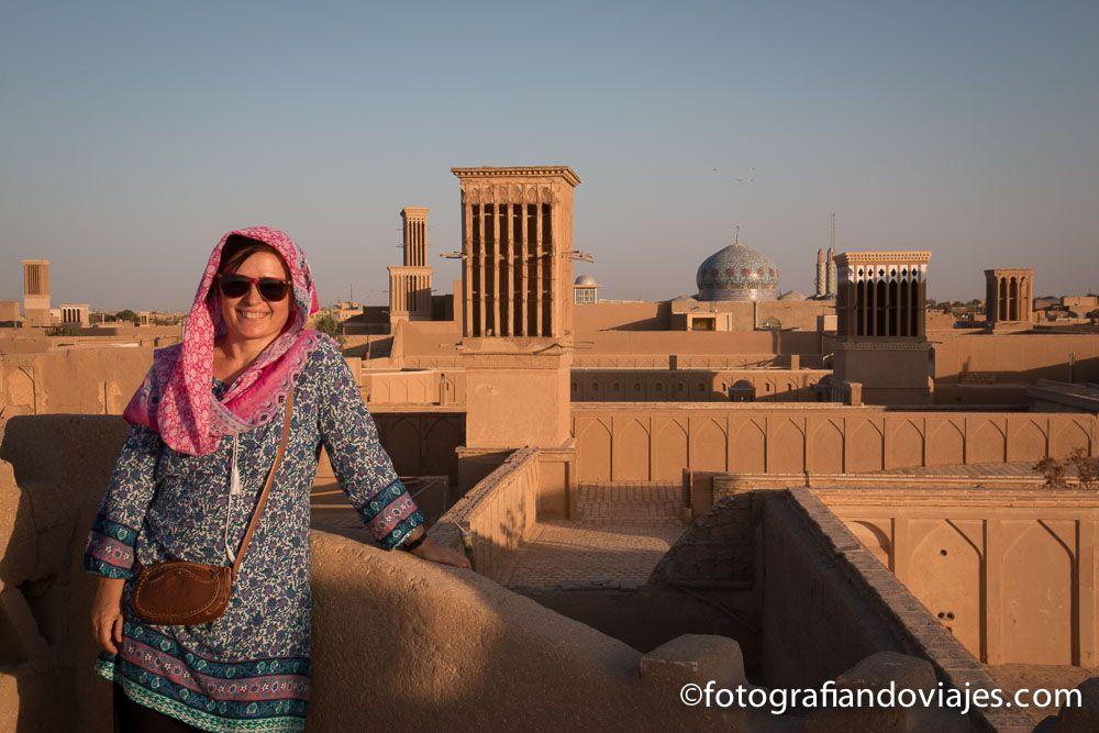 vestimenta mujer Iran