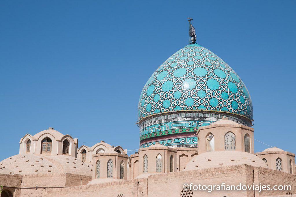 Cúpula delmausoleo Shah Nematollah Vali