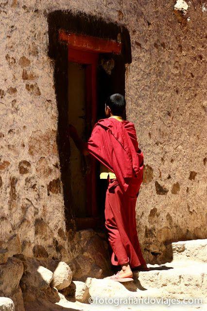 Joven monje budista