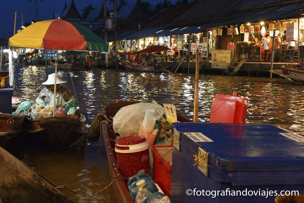 Mercado flotante Amphawa Bangkok