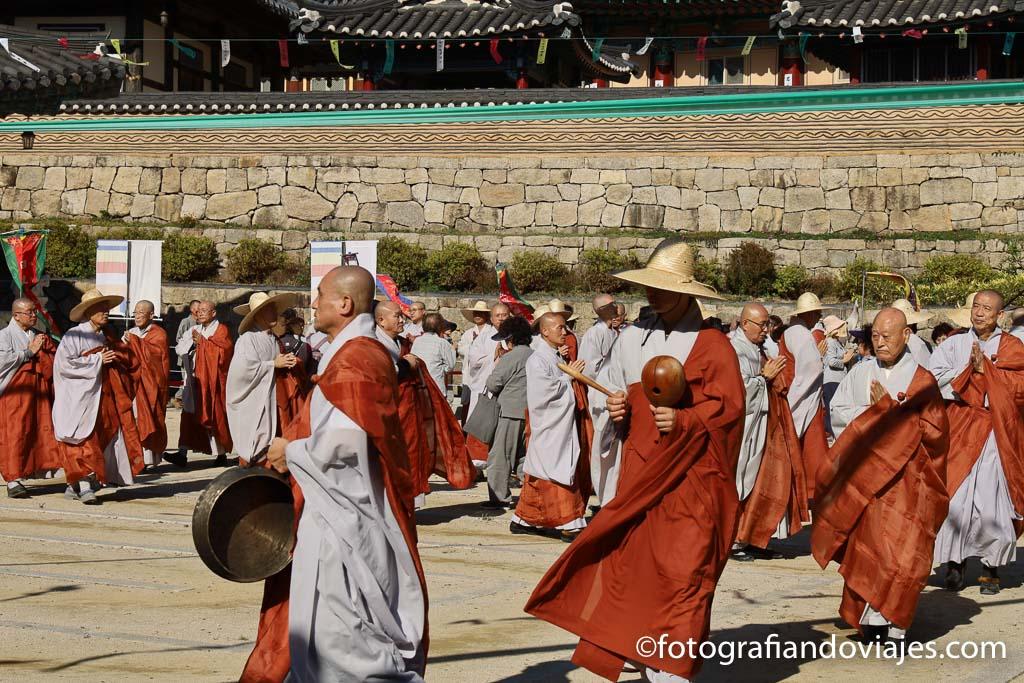 festival templo Haeinsa