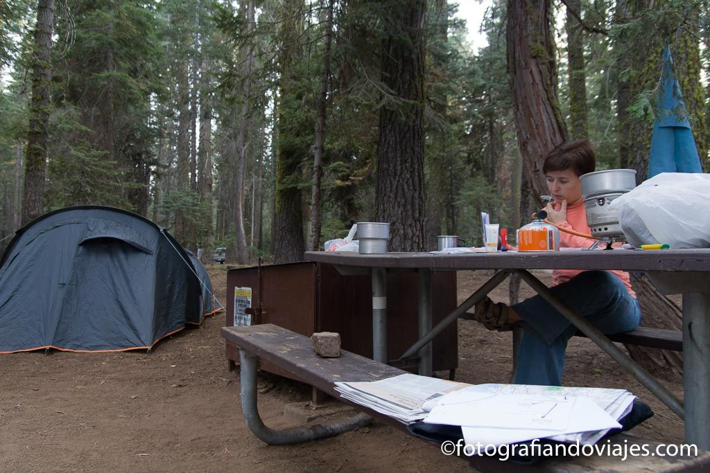 camping campsite en yosemite