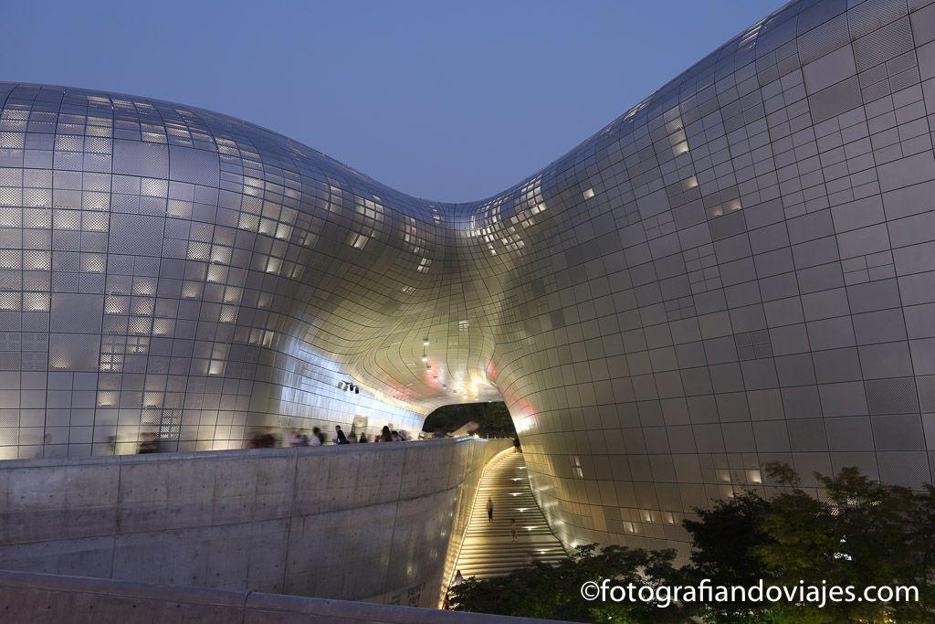 Dongdaemun Design Plaza Seul arquitectura moderna