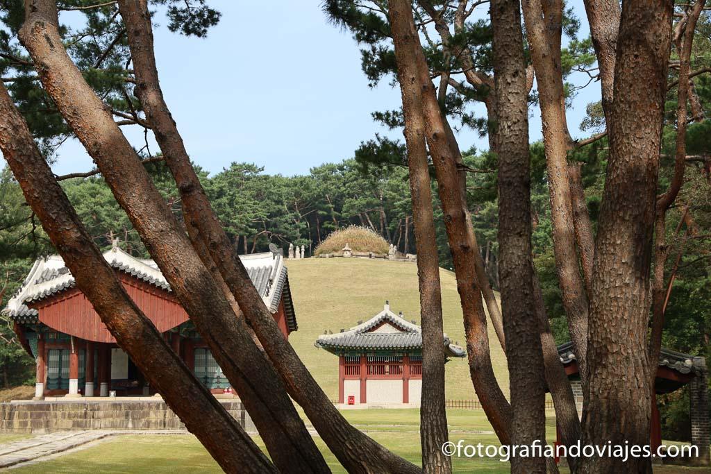 Complejo de tumbas Donggureung en Guri rey Taejo
