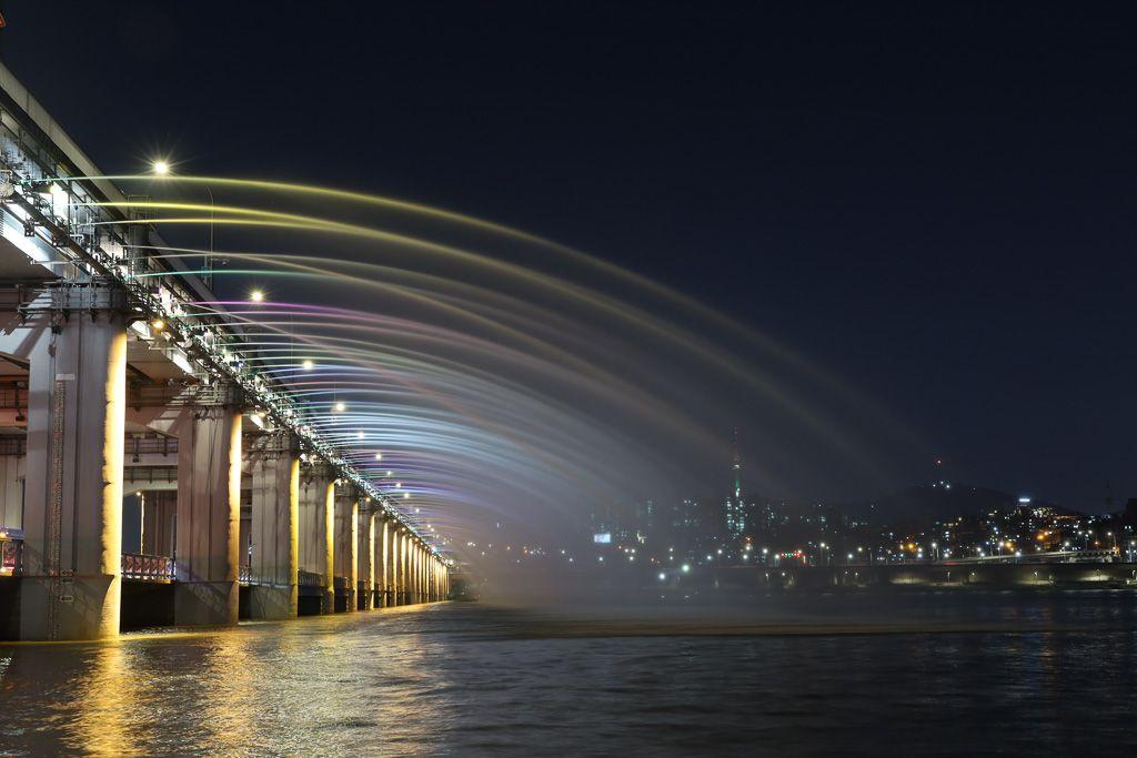 Puente y fuente Banpo en Seul