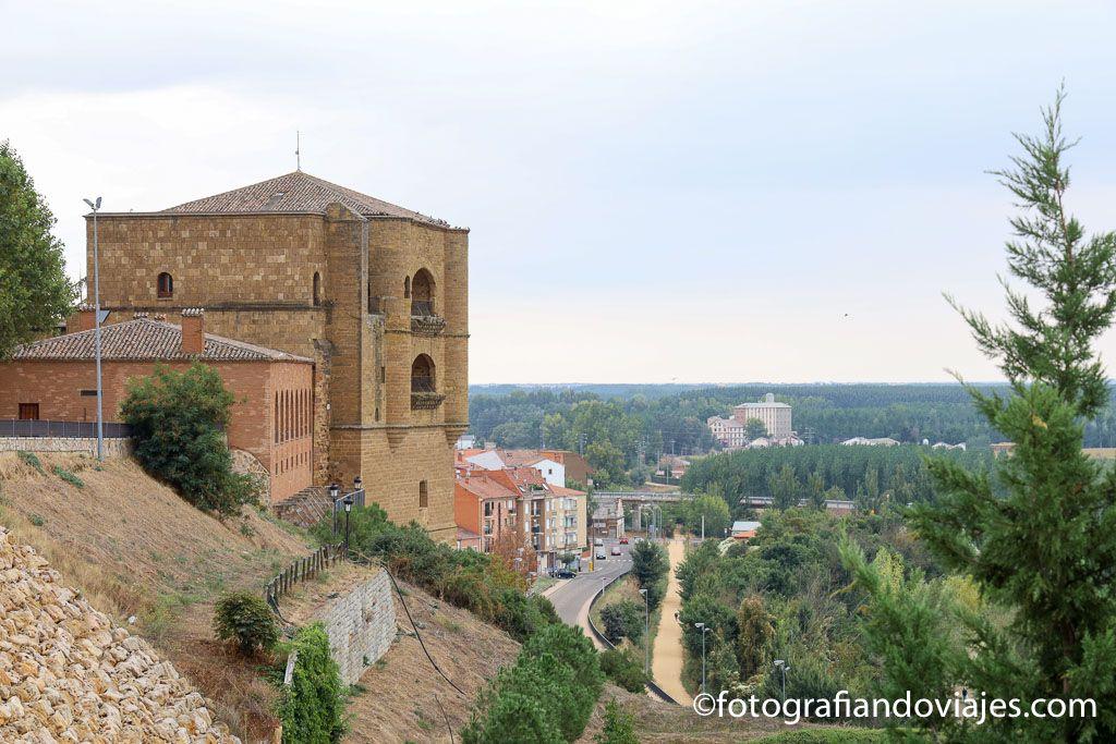 Castillo de Benavente torre del caracol parador