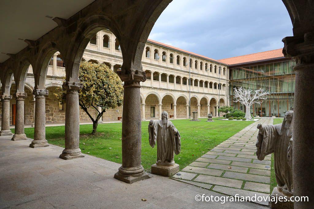 monasterio santo estevo ribas de sil parador claustro
