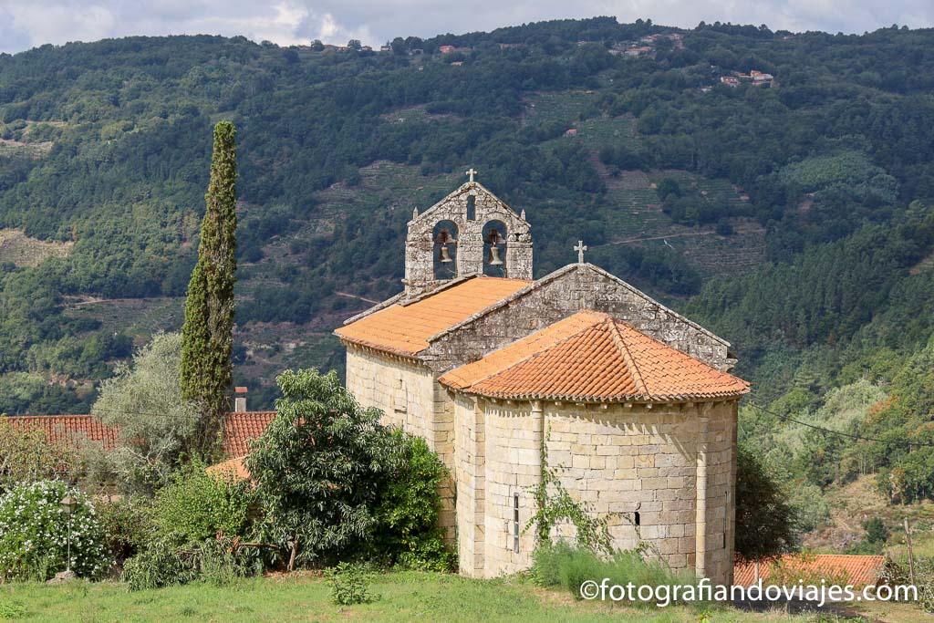 Iglesia San Martiño de Cova que ver en ribeira sacra
