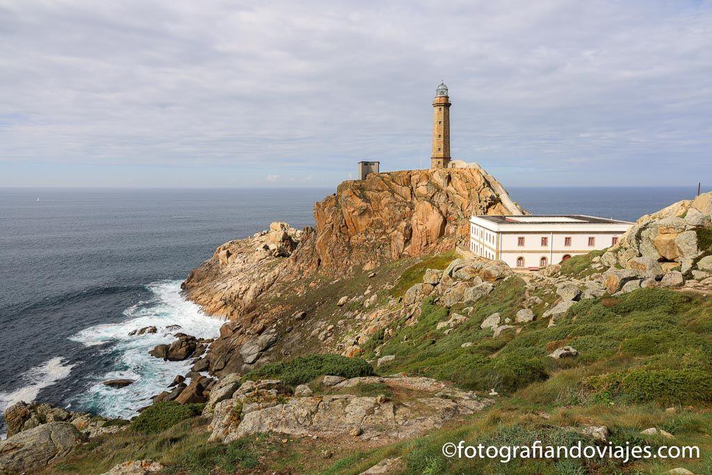 Faro cabo Villan o Villano costa de la muerte galicia