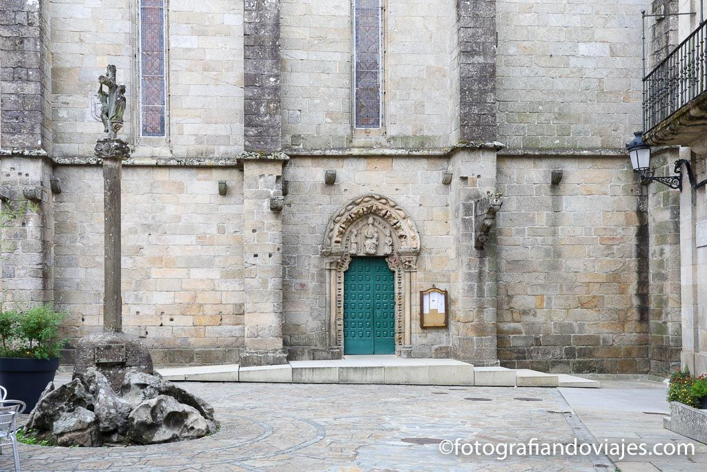 Iglesia San Martiño Noia plaza constitución